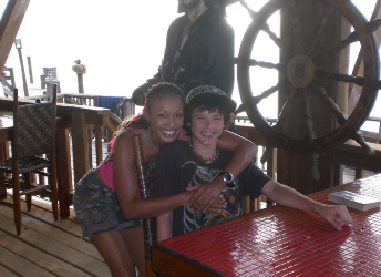 roatan mother/son